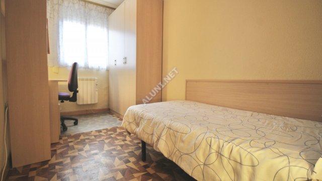 只用 320 €,即可在 Madrid 的Vicálvaro URJC 区租住一间精装带无线网络的学生公寓 (1039H1, foto favorita)