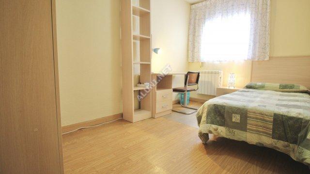 Logement pour étudiants complềtement meublé et avec internet situé dans la zone de Vicálvaro URJC, à Madrid pour seulement 350 € (1039H3, foto favorita)