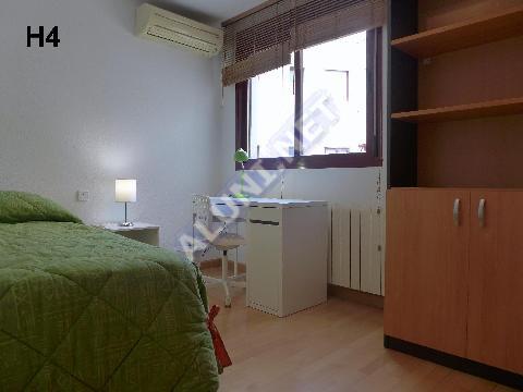 只用 395 €,即可在 Madrid 的Puerta de Arganda 区租住一间精装带无线网络的学生公寓 (1544H4, foto favorita)