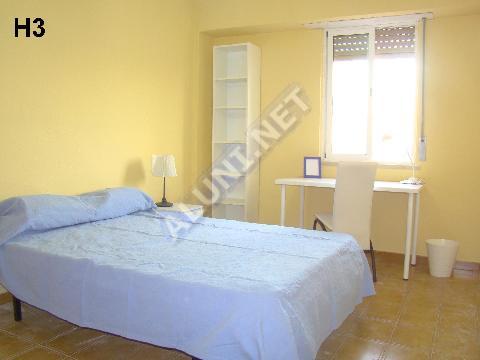 Habitación para estudiantes en , Sevilla por solo XXX365.00
