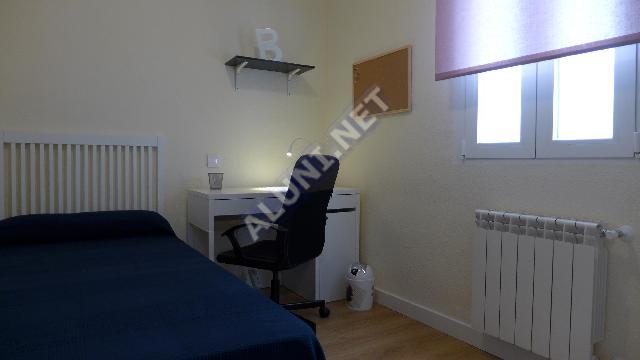 Pokój dla studentów całkowicie umeblowany z internetem, znajdujący się  w Vicálvaro URJC w  Madrid tylko za 315 euro (1767H1, foto favorita)