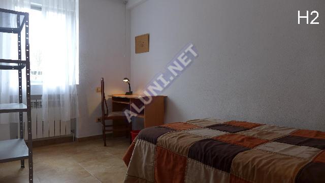 只用 340 €,即可在 Madrid 的Pavones 区租住一间精装带无线网络的学生公寓 (200H2, foto favorita)