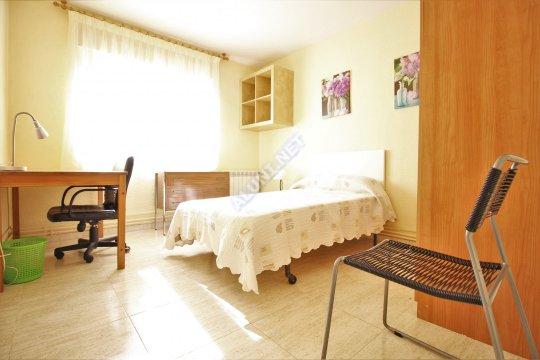 Logement pour étudiants complềtement meublé et avec internet situé dans la zone de Vicálvaro URJC, à Madrid pour seulement 365 € (670H3, foto favorita)