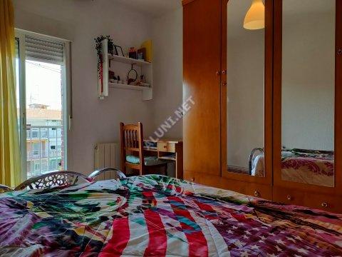 غرفة مفروشة بالكامل مع  انترنت، وتقع في منطقة من منطقة Madrid في مدينةVicálvaro URJC عن سعر  EUR الوحيد280 (7H3, foto favorita)
