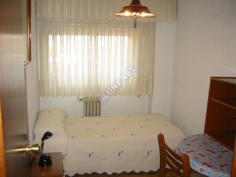 只用 260 €,即可在 Madrid 的San Cipriano 区租住一间精装带无线网络的学生公寓 (71H1, foto favorita)